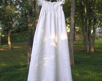 Early 1900s Vintage Baby Christening or Baptism Dress with 35 Rows of Pleats, Lace, Hand Embroidery, Great Condition, Vintage Baby Dress
