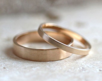 Gold Wedding Band Set, His and Hers 4mm and 2mm Brushed Flat 14k Recycled Yellow Gold Wedding Ring Set Gold Rings -  Made in Your Sizes