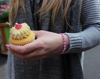 Daisy Cupcakes Pink Beaded Bracelet.