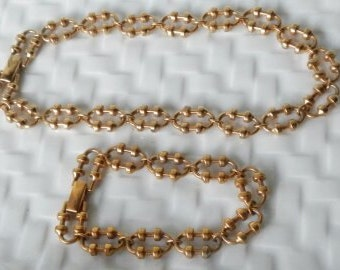 Vintage Avon Gold Necklace with Matching Bracelet Set!