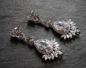 Bridal earrings, Bride earrings, bridesmaid crystal earrings, large bridal earrings, bridemaid jewellery, bridesmaid dangly earrings,