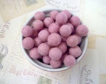 Felt Balls SMALL - Light Pink  x 20 - 1cm