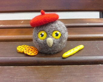 Wise Owl from Paris - Felted toy