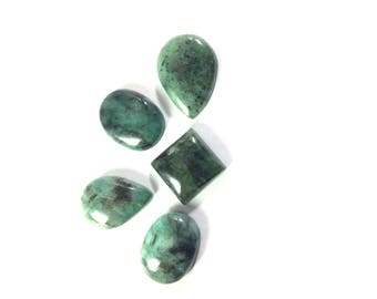Emerald cabochons gemstone 16 to 23mm
