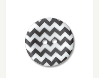 Spring Cleaning Riley Blake Carded Chevron Button Set of 4 in Black