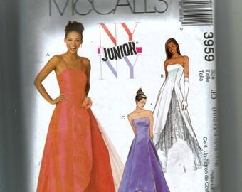 McCall's Junior's Dresses Pattern 3959