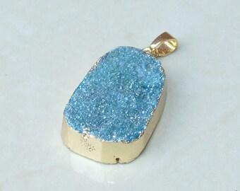 Blue Titanium  Druzy Pendant - Crystal Quartz - Gold Plated Edge - Druzy Quartz - Druzy Pendant - 21mm x 30mm - 6260