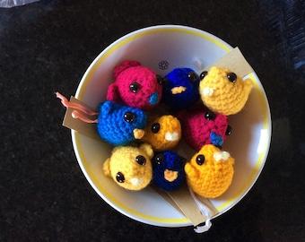 Crochet a little bird amigurumi