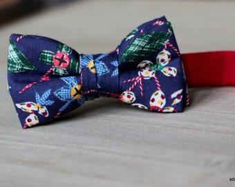 Mini Bow 1 - Flores de tela /Fabric flowers. Pajarita para niño o bebé hecha a mano con tela Liberty de algodón de gran calidad.