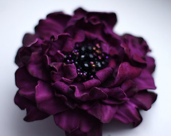 Purple leather flower brooch