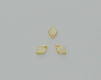 5 pendants 13x9mm light yellow diamond-shaped shell