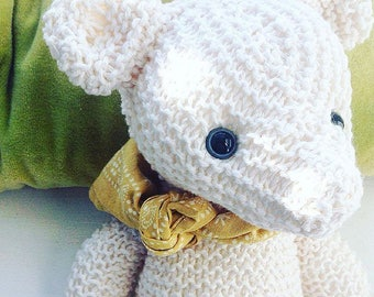 Simple knitted bear knitting pattern