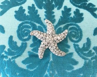 Starfish Brooch.Rhinestone Starfish Brooch.Crystal Starfish Brooch.Starfish pin.beach wedding.bridal.Starfish broach.silver starfish brooch
