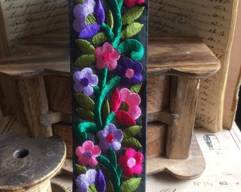Persian floral stripe embroidered lotus purple & pink satin flowers Black 6 cm