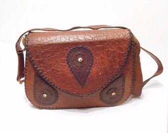 Vintage Brown Leather Bag.  Shoulder Strap Medium.  Size Purse . Cross Body Bag. gift for women