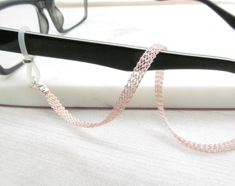 Metal ribbon eyeglass chain in rose gold; Reading Glasses Necklace Holder; Glasses Leash; Glasses Chain; Glasses Lanyard; mesh glasses chain