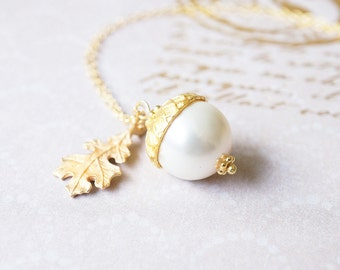 Necklace, Acorn Necklace, Gold Necklace, Pearl Necklace, Swarovski Necklace, Handmade Necklace, Peter Pan, Gift for Her, Botanical Necklace