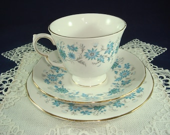 SALE - Colclough Braganza Trio 1960s Fine Bone China Made in England Ridgway Potteries