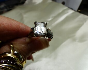 Emerald cut CZ ring Sterling Silver sz 6.5  SM 1646