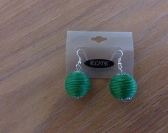 One Pair Of Green Round/Sphere/Ball Hemp Earrings For Sensitive Ears