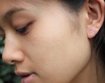Minimalist Studs, Tiny Studs, Tiny Earrings, Tiny Gold Earrings, Tiny Silver Earrings, Simple Studs, Circle Studs, Whorl, Second Piercing
