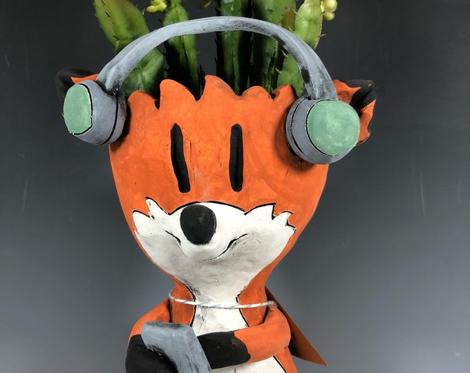 DJ Foxx // Small Succulent Pot // Fox Planter // Pothead // Small Sculpture // Unique // Foxy // Adorable // Cute // Home Decor // Gift