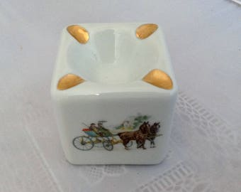 Limoges Porcelaine Ashtray Collectible Ashtray French Vintage Ashtray ( Ref No. A383 )