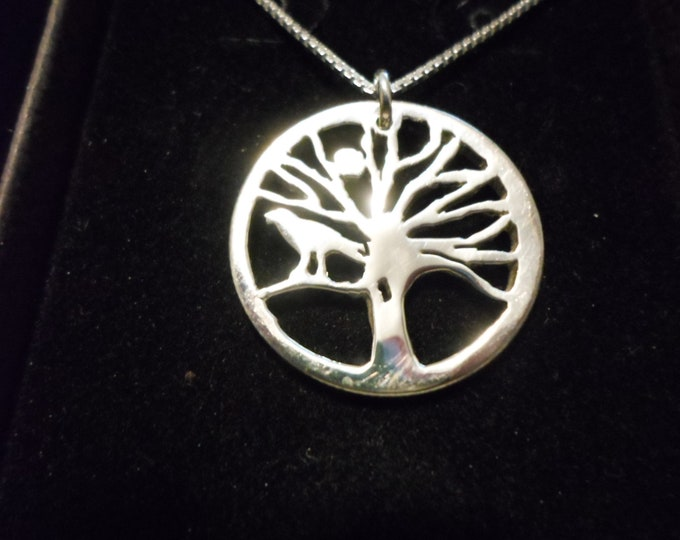tree of life necklace w/raven w/sterling silver chain quarter size