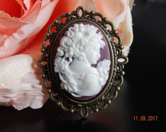 Plum Silhouette Cameo brooch,Victorian purple cameo,Jewelry,Classic Brooches,Young woman cameo brooch,Cameo brooches,Stocking stuffer