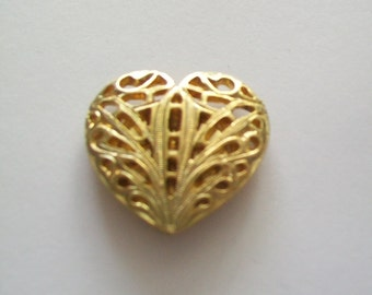 Vintage 80s Valentine Heart Shape Button Cover