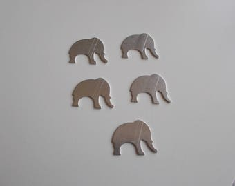 1 set of 5 elephant aluminum holders