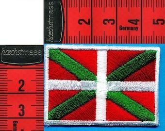 Coat basque flag fusible or sewing 4 x 3cm. Patch applique