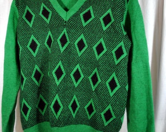 Vintage 60s Wool Sweater - Kelly Green with Black Diamonds - Made in Argentina by Neolan