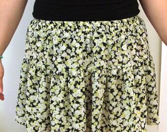 Cute 90s/00s volcom SKATER chick mini skirt