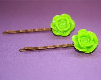 Bright Green Flower Bobby Pins - Acrylic Floral Cabochon Hair Pins