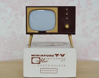 Vintage 1950s TV Salt and Pepper Shaker and Photo Holder in Original Box