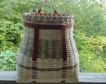 "Large Rotund Pack Basket PATTERN 15""x8""x17"""