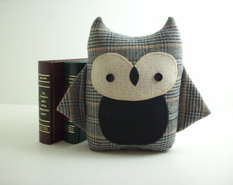 Owl stuffed animal, owl stuffed toy, owl plush in gray plaid, boy owl, gift for children, kawaii owl plushie