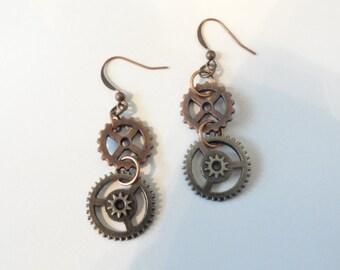 Steampunk  Earrings Antiqued Copper Gears (1c/s)