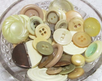 Lot of Cream or Neutral colored buttons
