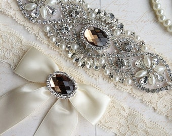 Gold Wedding Garter, Bridal Garter Set, Stretch Lace Garter, Crystal Pearl Garter, Vintage Garter, Wedding Garter Belt-Something Blue Garter