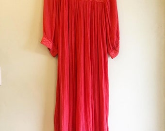 Vintage 1970s Gauze Cotton dress with crochet details