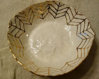 Salad Bowl with Gold Arrows, Large