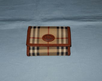 Authentic vintage Burberrys wallet ! Canvas and genuine leather !