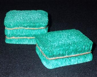 Enesco Mary Moo Moos 1995 Irish Green Hay Bales Figurine #159786