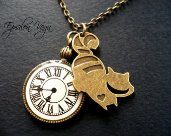 Alice in Wonderland necklace - Cheshire cat and pocket watch
