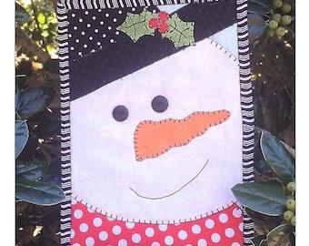 Stitches Of Love - Snowman Mug Rug Kit