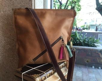 Crossbody bag, tan leather cross body, fold over bag, Leather shoulder bag, Everyday bag, crossbody medium bag, everyday bag for woman