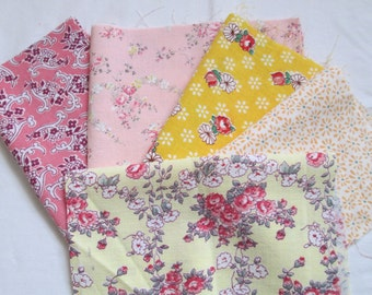 Vintage Feedsack Fabric 5 Pieces Yellow Pink Florals Quilting