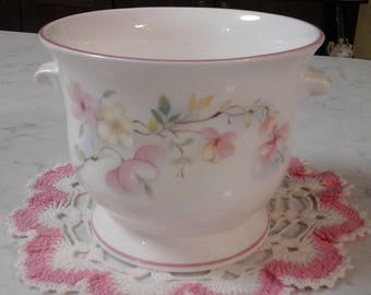 Pretty floral, fine bone china, champagne cooler or ice bucket.